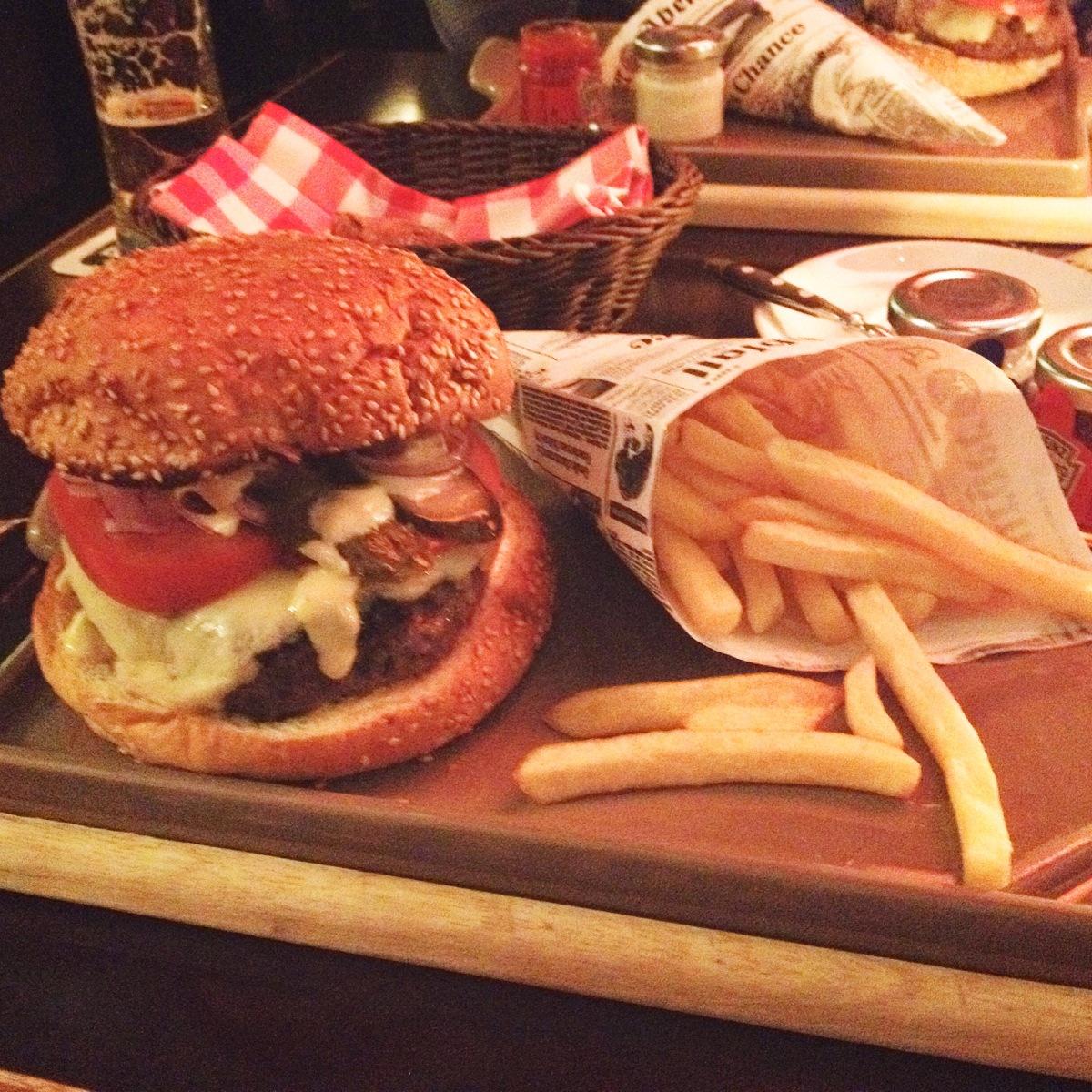 Burgertour – Der HEIMAT Burger im 25 hours hotelhafencity