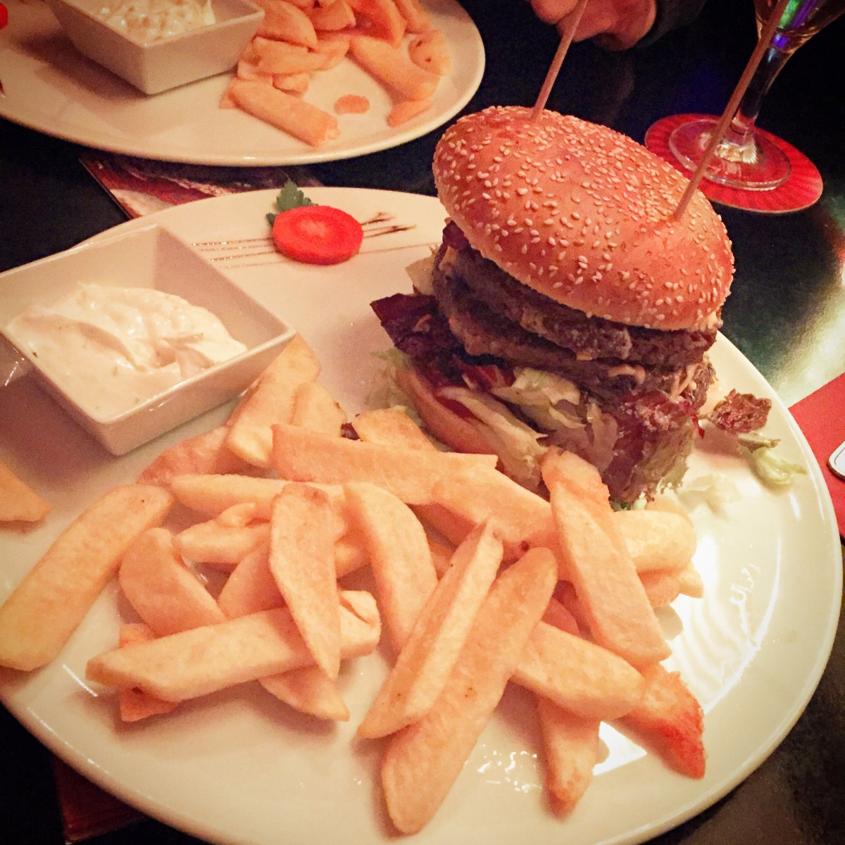 Burgertour – BBQ Cheese imRamrob