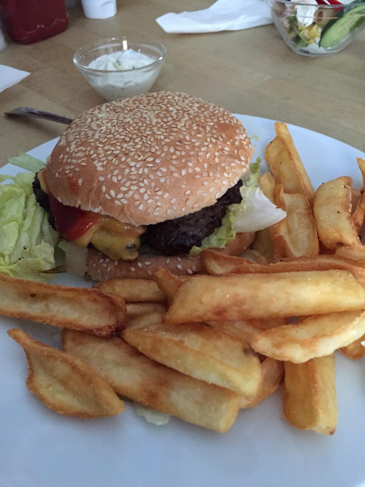 Burgertour – der Cheeseburger in derGerüchteküche